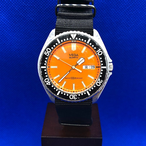 VINTAGE CITIZEN VEGA ORAGE DIVER WATCH 100m ADEC QUARTZ 1408