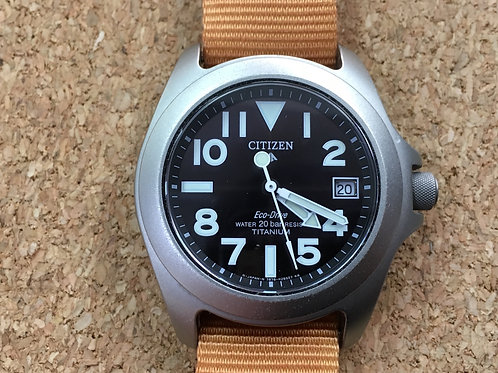 "CITIZEN PROMASTER TOUGH ""Ray Mears"" PMU56-2841 チタン製 耐磁"