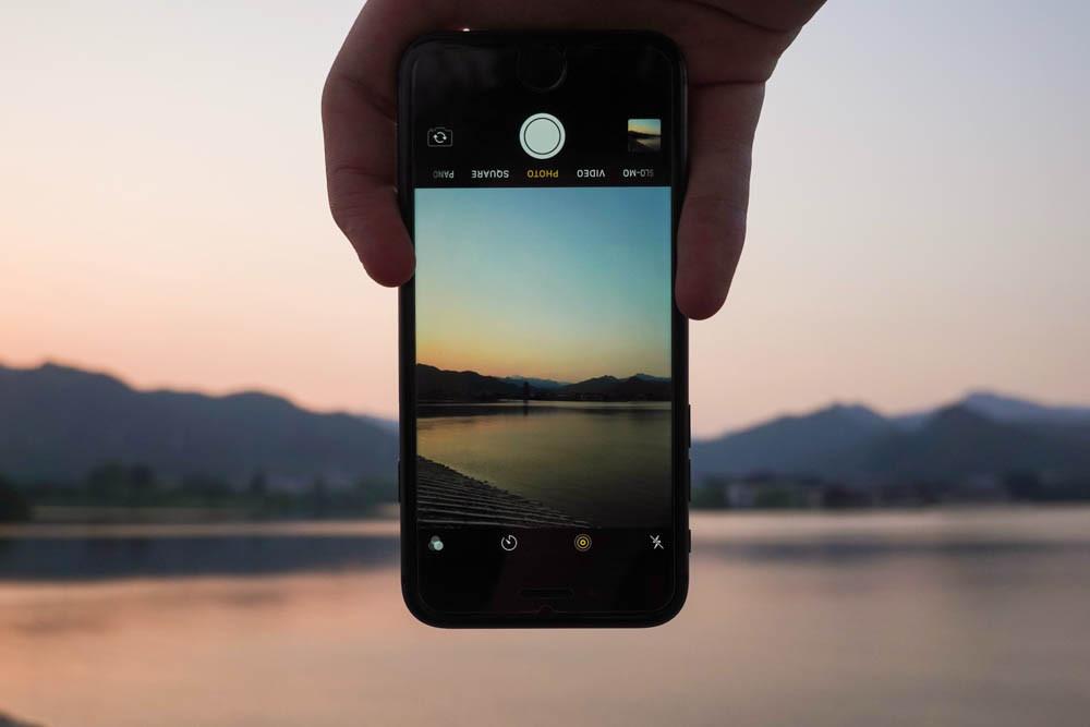 iPhone online photo backup