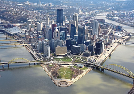 For-In-the-Lead-pittsburgh-skyline-stock