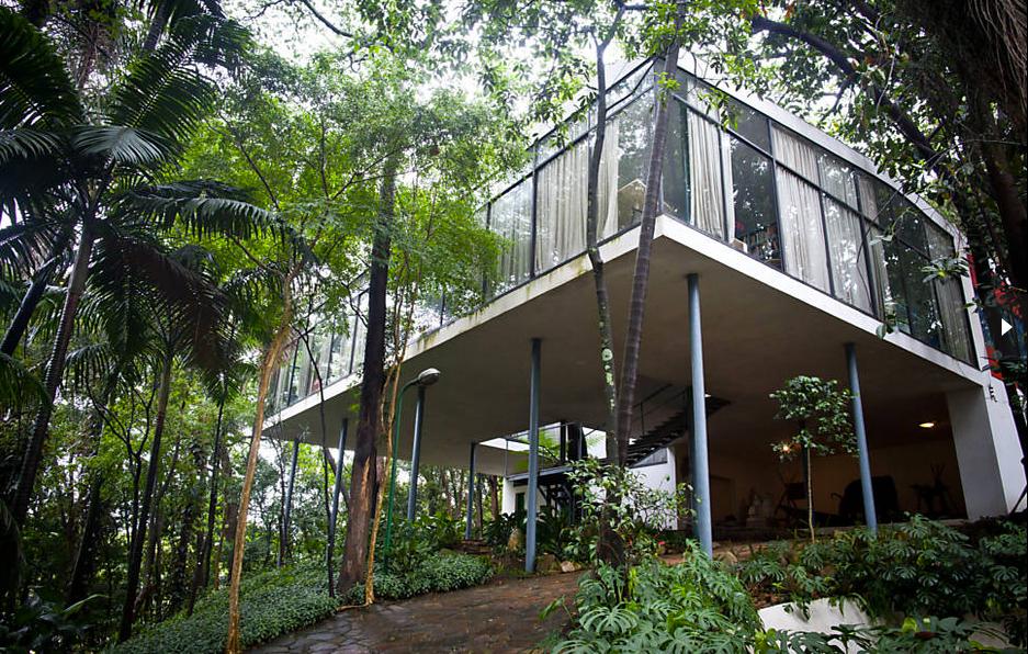 A-Casa-de-Vidro-projetada-pela-arquiteta
