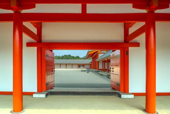 Main-courtyard-Kyoto-Imperial-Palace.jpg