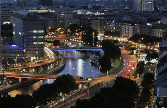 06_Lichtraum Donaukanal.jpg