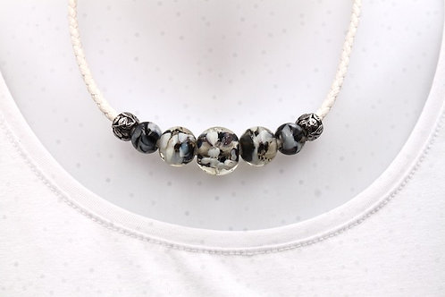 Collier 214