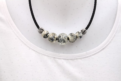 Collier 215