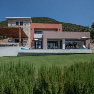 cape-villa-shrubbery.jpg