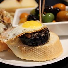 Egg & Black Pudding