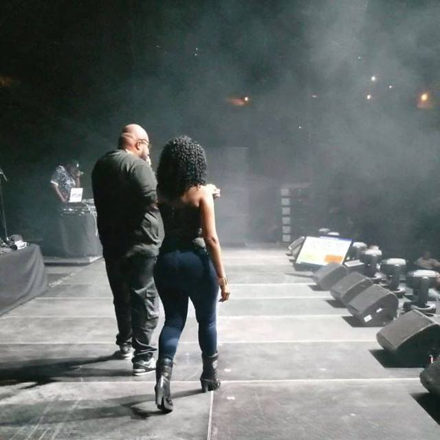 The Legend Chubb Rock introduced me on stage last night right before my girl @darealmonielove came out and TORE IT DOWN at the #Queensofhiphop concert in #ATLANTA @chubblive