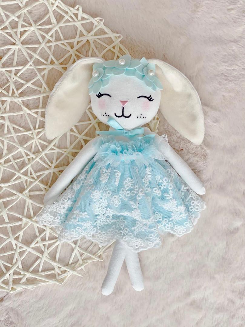 HE | cuddle bunny Elsa