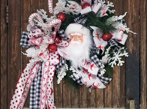 Santa Wreath - Indoor