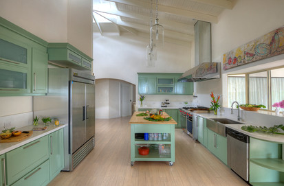 The Retreat CR-Open Kitchen.jpg