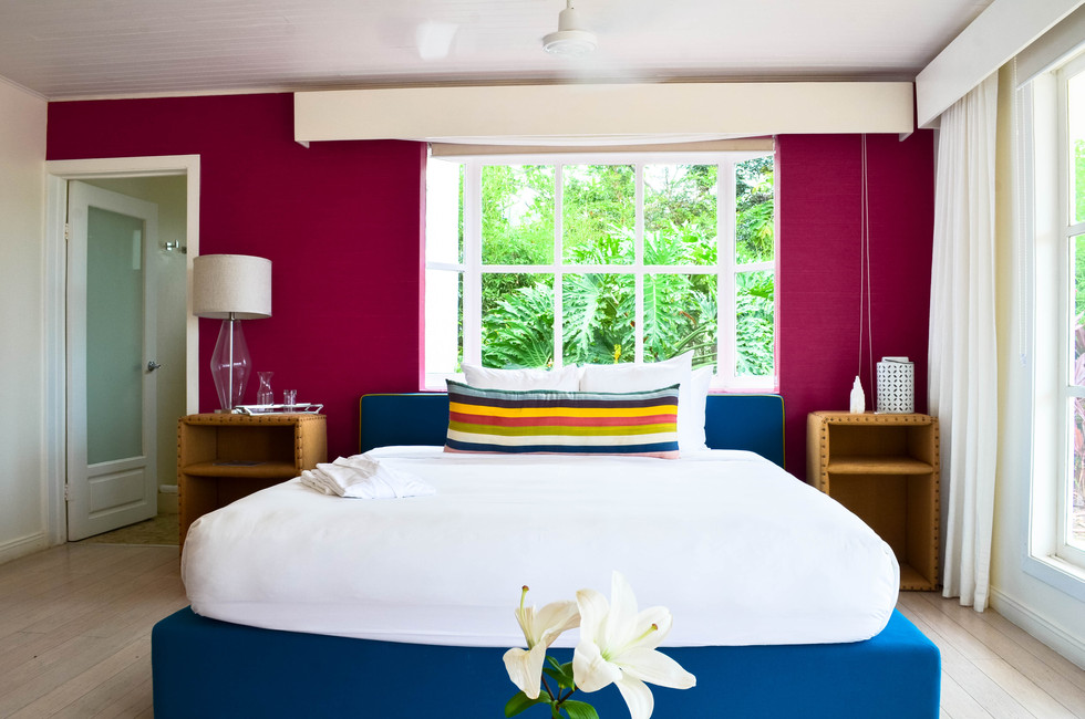 The Retreat CR-Deluxe Room 2.jpg