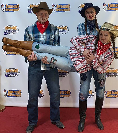 Columbus Ohio Cowboy balloon twister for hire, Ohio cowgirl face painter for hire, party entertainers Ohio