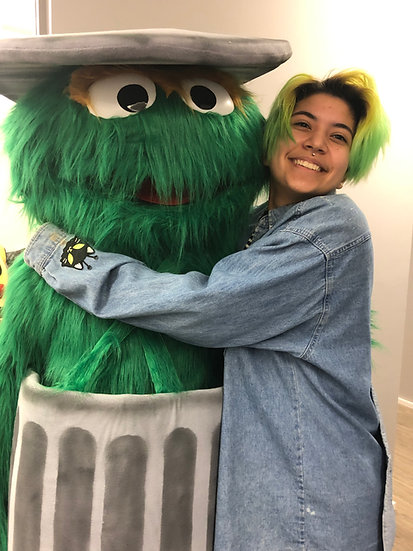 Columbus, Ohio Oscar the grouch party characters for hire, birthday party characters Springfield Ohio