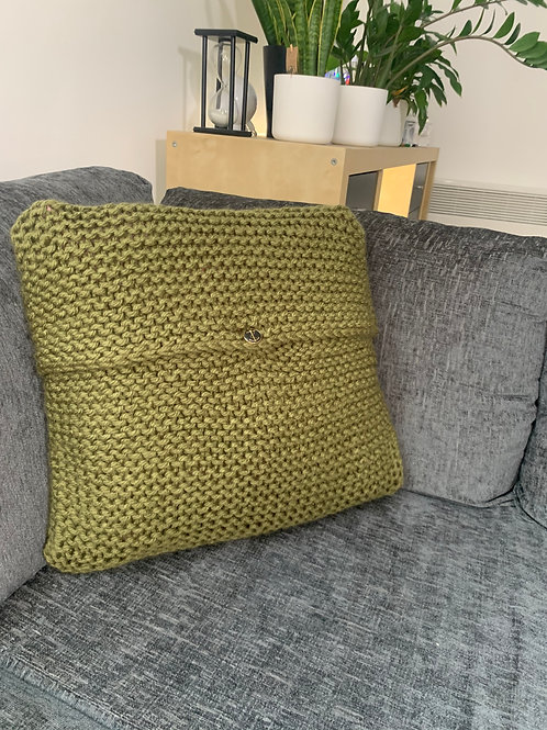 Hand knit cushion