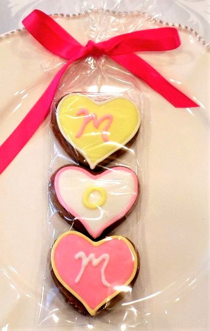 """Mother's Day"""" Mom"""" Mini's- 3 Cookies"""