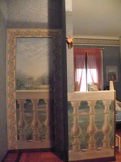 balconcino su villa Sormani Milano