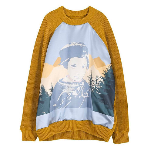 """SUNDAY OFF CLUB""""The Nomad"""" Artwork Fabric Detail Sweater"""