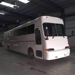 """Celebrity Style"" Mega Party Bus"