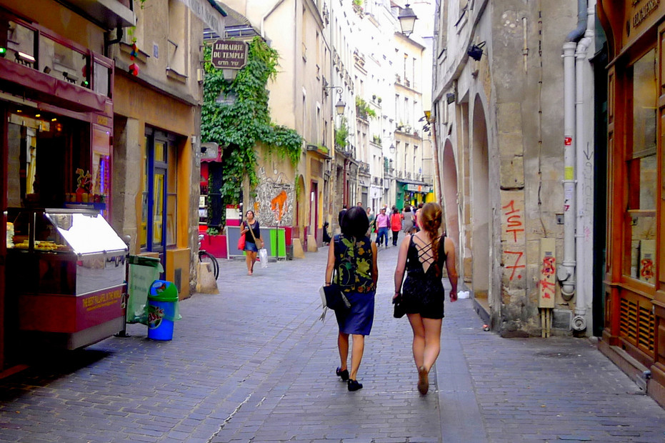 Rue-des-Rosiers3.jpg