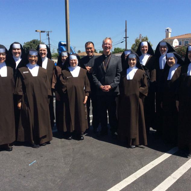 100118_all_sisters_FrFrancis_BishopTrude
