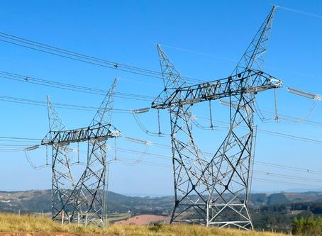 Qual é o tipo de curto-circuito mais comum em Sistemas de Distribuição de Energia Elétrica?