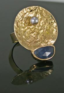 Sapphire-saucer-ring.jpg