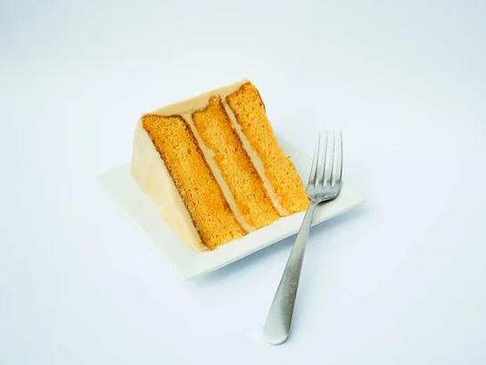 Caramelicious Cake Slice