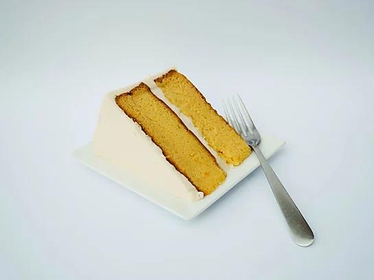 Amazing Amaretto Cake 6in