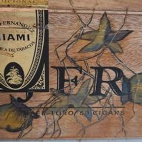 Heirloom Wooden Cigar Box (Christmas Gift Series)