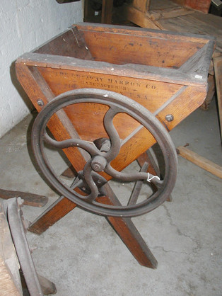 Root Cutter, Circa 1878. Manufactured by Banner, Clarks #2 model.