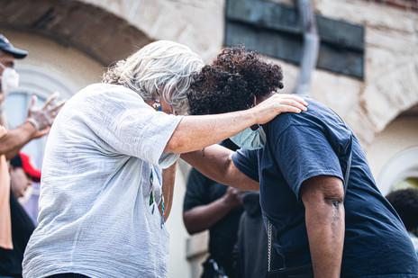 LTN Community Prayer Walk 4.jpg
