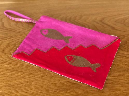 Pembe & Kırmızı Balıklı Clutch No.14
