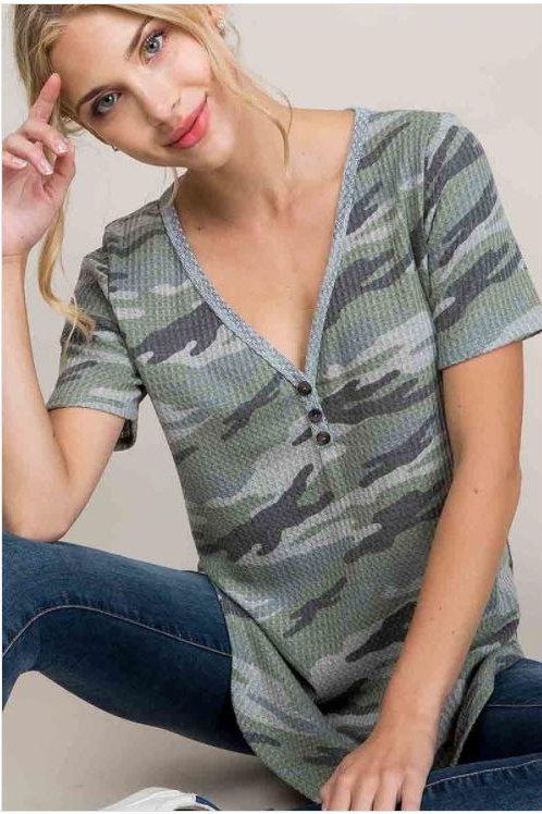 Waffle Camouflage Short Sleeve V-Neck Top