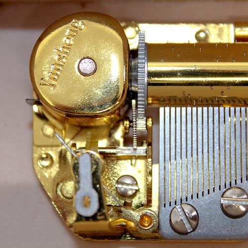 Harmonia Music Box Mechanics
