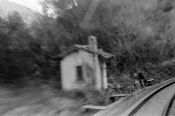 la petite maison au chemin de fer
