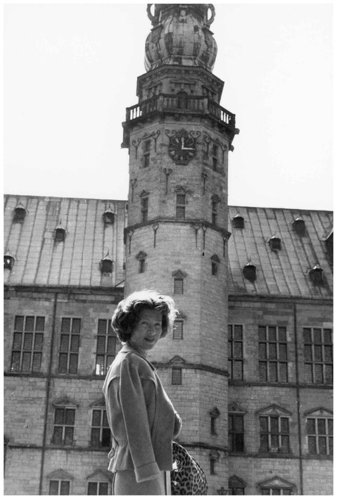 Mary Zimbalist : Photographs : Mary in front of clock tower
