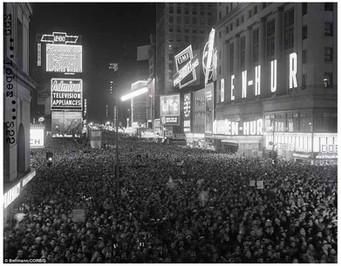 Mary Zimbalist : Photographs : Ben Hur Crowd