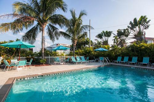 Pool at Grassy Key RV Park Florida Keys