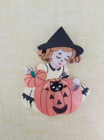 Pumpkin Surprise Brooch