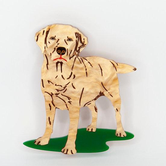 Lorna the Labrador Brooch (golden)