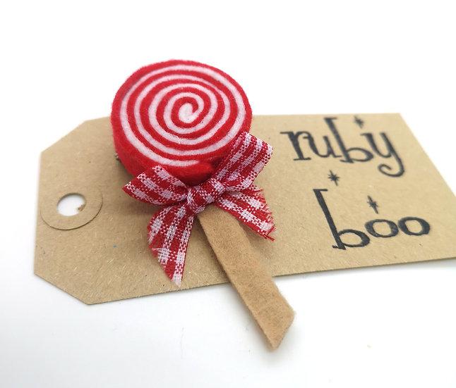Swirly Lollipop Brooch - Red Gingham