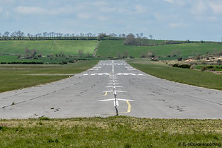 La piste de l'aérodrome. Photo © François Lécuyer - reproduction interdite