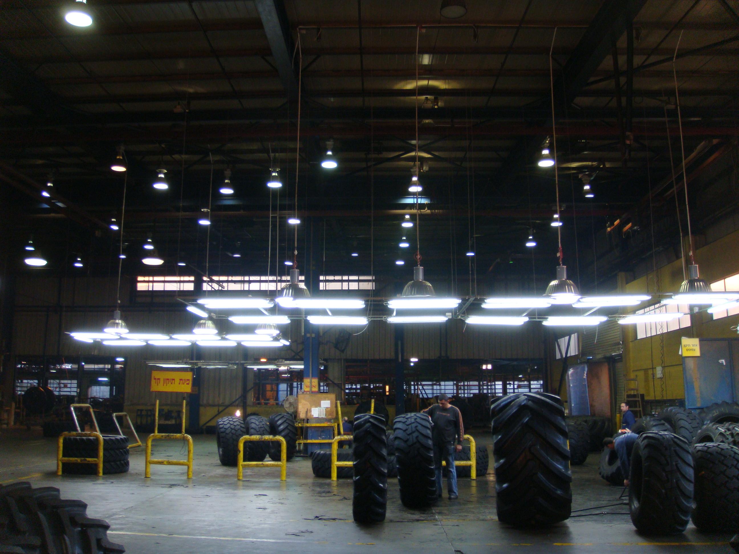 פרוייקט תאורה במפעל לייצור צמיגים