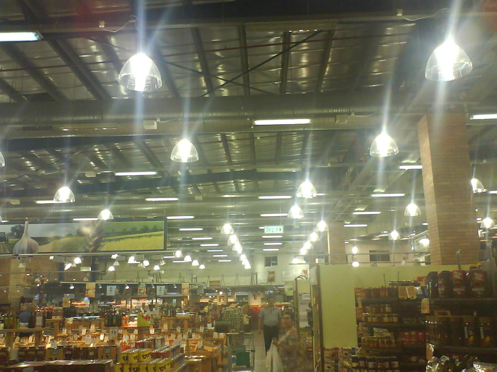 פרוייקט תאורה לרשת קמעונאית בישראל