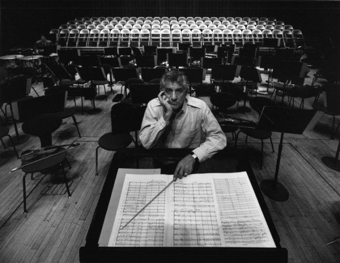 arnold-newman-composer-conductor-leonard