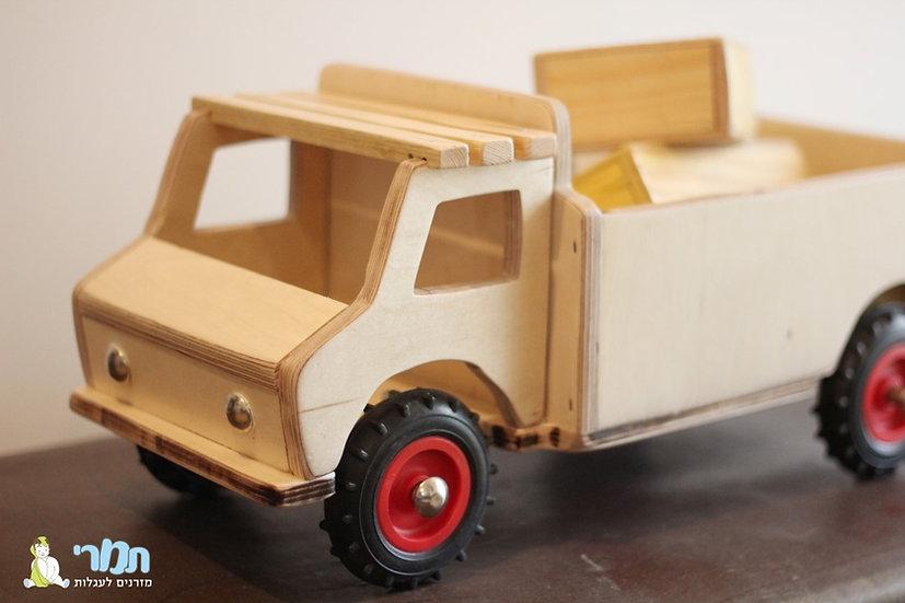 משאית עץ צבע טבעי
