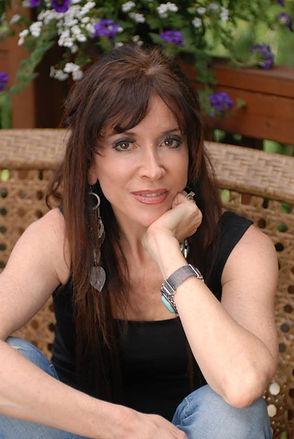 Lisa Mitts