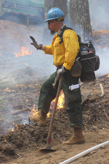 wildland firefighter hotshot supervisor on the fireline