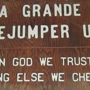 Sign above door to loft at La Grande